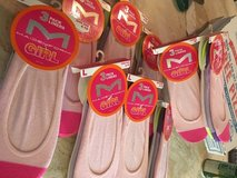 27 single pairs of  maidenform no shoe sock liners in 29 Palms, California