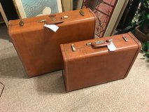 Leather Samsonite Set in Fort Campbell, Kentucky