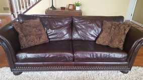LEATHER FURNITURE (3 PIECE) in Chicago, Illinois