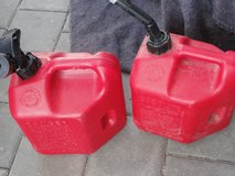 Used 2 GAL Gas Cans in Ramstein, Germany