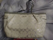 Authentic Coach purse also a AUTHENTIC coach wristlet in Alamogordo, New Mexico