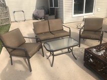 Patio furniture 4 piece in Chicago, Illinois
