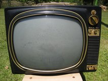 OLD RCA VICTOR TELEVISION in Leesville, Louisiana