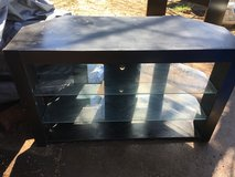 "heavy duty tv stand 48x20.5"" 29"" tall in Fort Riley, Kansas"