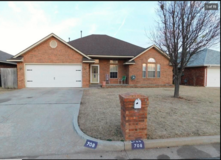 Great Looking Brick Home at a Below Market Price Tag!!! in Tinker AFB, Oklahoma