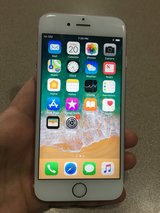 like new iPhone 6S Rose Gold 16 GB unlocked in Lockport, Illinois