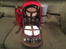 Picnic backpack for 4. in Orland Park, Illinois
