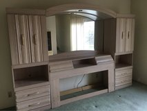*REDUCED* Queen Headboard With Side Piers and Lighting in 29 Palms, California