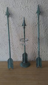 cast iron candle arrow set in Hemet, California