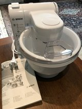 Bosch MUM4405 Multifunctional Food Processor Mixer in Grafenwoehr, GE