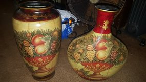 Home decor vases in Fort Campbell, Kentucky