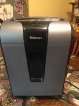 Fellowes Paper Shredder in Columbus, Georgia