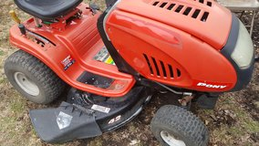 "42"" riding mower in Chicago, Illinois"