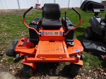 "Bad Boy 6000 zt Zero Turn Lawn Mower 60"" Deck in Shorewood, Illinois"