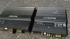 Alpine Amps in St. Charles, Illinois