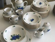Emerald Collection China Set 44 Pieces in Fort Campbell, Kentucky
