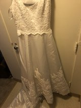 David's bridal size 14 wedding free in Fort Lewis, Washington