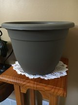 """12"""" Plastic Planter (3 available) in Yorkville, Illinois"""