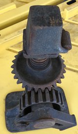 VINTAGE ANTIQUE CAST IRON RATCHETING SCREW JACK Model 1A No16 FLIP TOP AUTO FARM in Travis AFB, California