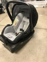 Evenflo infant car seat with base in Honolulu, Hawaii