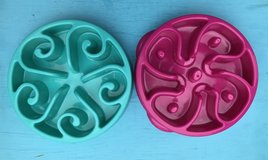 *NEW* Dog Slow Bowl - Pick Magenta Pink or Turquoise Blue $5 EACH in Fort Campbell, Kentucky