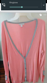 New & Gently used cute tops in 29 Palms, California