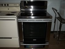 ELECTROLUX GLASS TOP STOVE in Fort Bragg, North Carolina