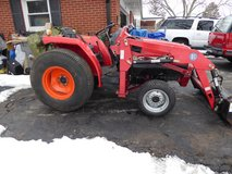 Mitsubishi Diesel 4x4 Tractor w/ Loader & more 160 hours in Chicago, Illinois