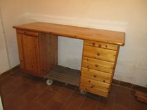 big pine wood desk with 6 drawers in Ramstein, Germany