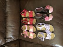 Girl sandals size 11 Gymboree in 29 Palms, California