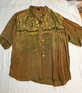 Shirt & Skirt Gold Size L in Byron, Georgia