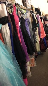 Ladies Gowns in Fort Leonard Wood, Missouri