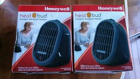 Honeywell Heat Bud Ceramic Personal Heater in Plainfield, Illinois