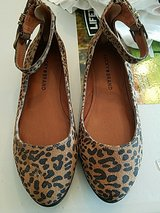 lucky brand shoes in Kingwood, Texas