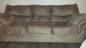 Suede couch. Like new. Reduced final!! in Perry, Georgia