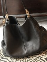 cos h black leather purse in Fort Knox, Kentucky