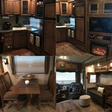 2013 Sprinter R.V. Copper Canyon Fifth Wheel in Fort Campbell, Kentucky