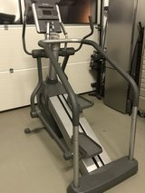 Life Fitness Summit Cross-trainer in Stuttgart, GE