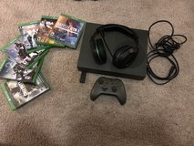 Xbox 1S 1TB bundle in Fort Irwin, California