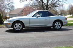 1999 Mazda Miata in Naperville, Illinois