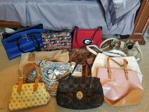11 custom purses in Macon, Georgia