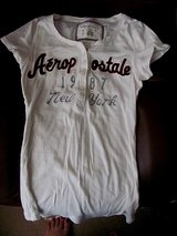 Aeropostale white buttoned T shirt size M in Byron, Georgia