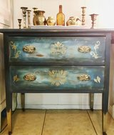 Vintage 2 drawer chest in Spring, Texas