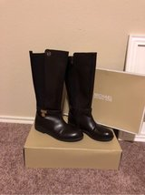 "Micheal Kors Boots ""Chocolate brown ""size 34 or size 5 in women's in Baytown, Texas"