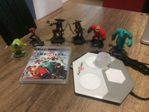 PS3 Disney Infinity game and figures in Grafenwoehr, GE