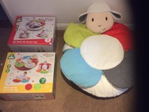 2 ELC BLOSSOM FARM SIT ME UP COSY/ PLAYMAT in Lakenheath, UK