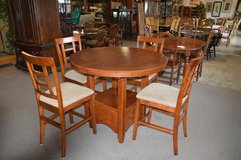 Tall Table and 4 chairs in Fort Lewis, Washington
