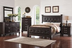 5 PC KING OR QUEEN BED SET in Riverside, California