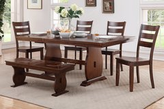 NEW DINE TABLE WITH 4 CHAIRS AND A BENCH FREE DELIVERY in San Bernardino, California