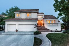 Astonishing Ascot Court is here to impress you, incredible views of hills & water Top of the lin... in Fairfield, California